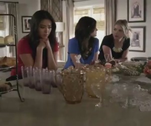 Pretty Little Liars Season Finale Clips: The Same Spencer?