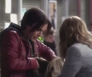 Pretty Little Liars Clips: World War A!
