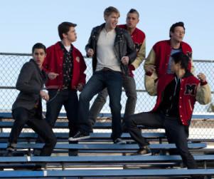 "Glee First Listen: ""Summer Nights"""