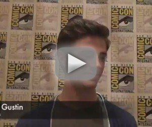The Flash Scoop: Villains, Love Triangles & Comic-Con Debuts