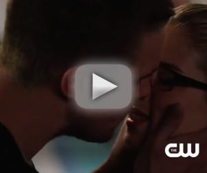 Arrow Season 3 Teaser: Look Who's Kissing!!!