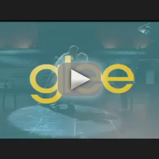 New Glee Promo: Gwyneth! Stamos! Regionals!