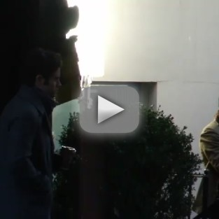 Video: Dan and Blair on Gossip Girl Set