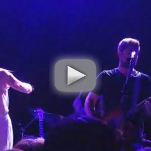 Leighton Meester Performs New Song, Debuts New Hairstyle