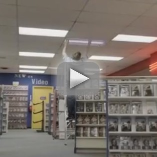 Teen Wolf Sneak Peek: Video Store Attack Alert!
