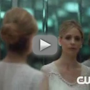 Ringer Series Premiere Clips: They All Think I'm Siobhan...