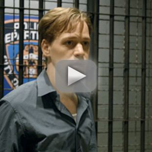 T.R. Knight on Law & Order: First Look!