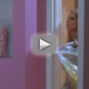Suburgatory Sneak Peek: Holy Hoarding!