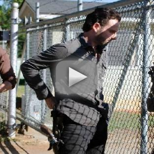 "The Walking Dead Preview & Sneak Peek: ""18 Miles Out"""