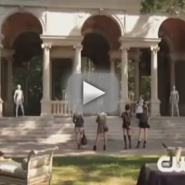 Gossip Girl 'I Am Number Nine' Clip - FALL IN LINE!