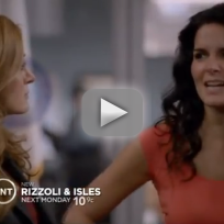 Rizzoli and isles promo seventeen aint so sweet