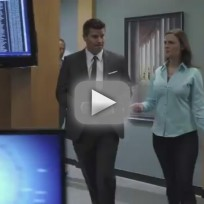 Bones 'The Gunk in the Garage' Clip - A Desk Job?