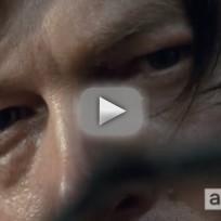 The Walking Dead Clip - Take That, Snake!