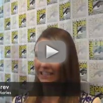 Nina dobrev comic con q and a