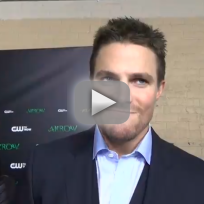 Stephen amell teases new oliver intel