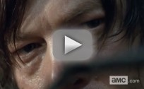 The Walking Dead Clip - Take That, Snake!