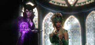 Once upon a time clip meeting the queens