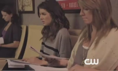90210 Sneak Peek: Single White Emily...
