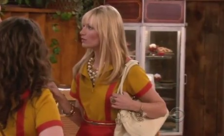 2 Broke Girls Promo: And Strokes of Goodwill