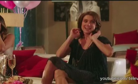 "90210 Promo: ""It's All Fun And Games"""