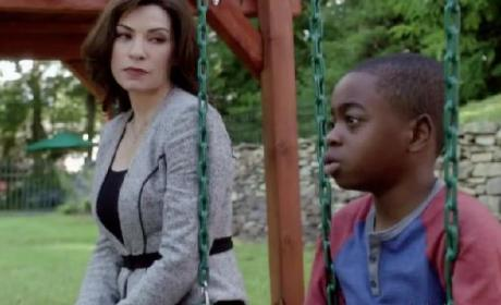 "The Good Wife Promo: ""Waiting for the Knock"""
