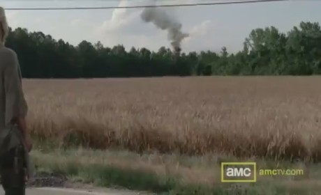 The Walking Dead Clip: Up in Smoke
