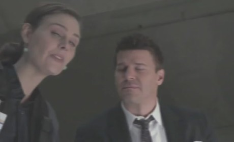 Bones 'The But in the Joke' Clip - Glued In