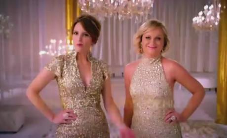Golden Globe Awards Promo: Tina Fey and Amy Poehler Get Classy