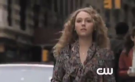 The Carrie Diaries Clip: Shopping in NYC