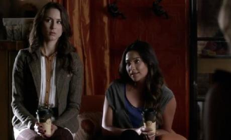 Pretty Little Liars Clips: Mona Mania!