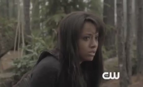 The Vampire Diaries Clip: Bad News for Bonnie