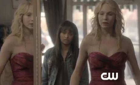 The Vampire Diaries Clip: Caroline vs. Elena