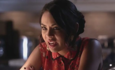 Pretty Little Liars Clip: Setting the Scene