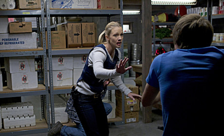 Criminal Minds Episode Trailer: JJ on the Attack!
