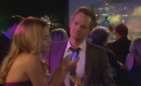 "How I Met Your Mother Promo: ""The Drunk Train"""