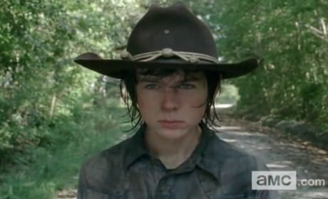 The Walking Dead Midseason Premiere Teaser: WAKE UP!