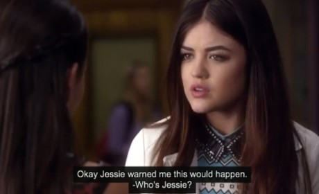 Pretty Little Liars Clip - Mona vs. Aria