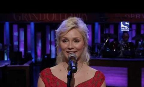 Clare Bowen - Lookin' For a Place to Shine