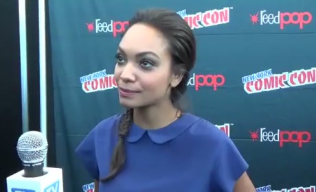 Lyndie Greenwood at NYCC