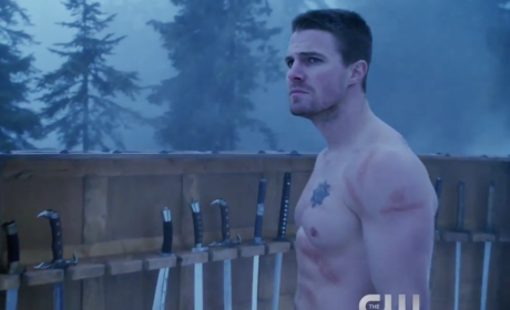 "Arrow Promo - ""The Climb"""