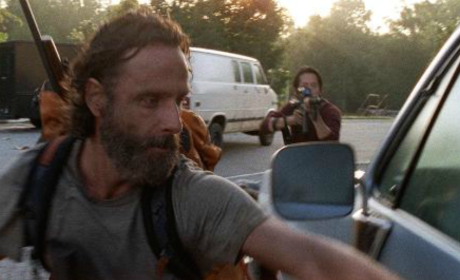 The Walking Dead Midseason Premiere: Watch the First 2 Minutes!