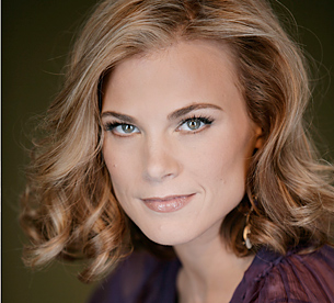 Picture of Gina Tognoni