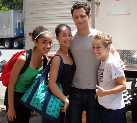 Penn Badgley Fans