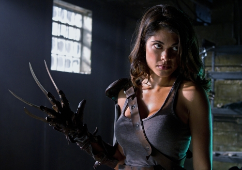 Lindsay Hartley as Harriet