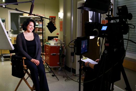 Sara R. on Grey's Anatomy Set
