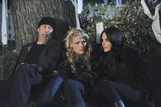 Cougar Town Season 3 Premiere Pic