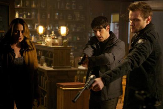 Rosalee, Nick, & Ian Confront a Suspect