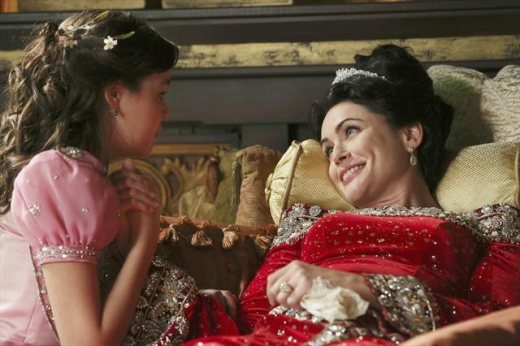 Rena Sofer on Once Upon a Time