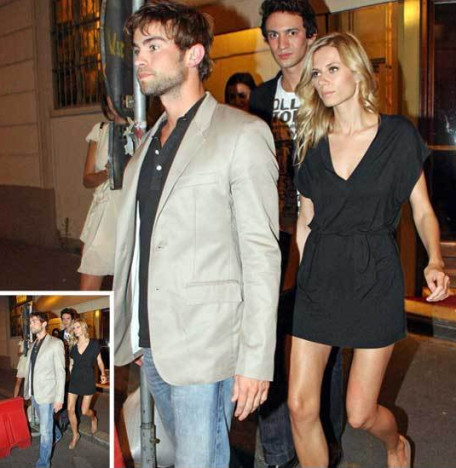 Chace Crawford and Elizabeth Minett