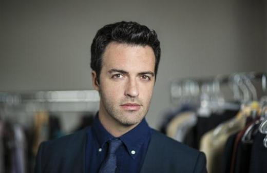 Reid Scott photo